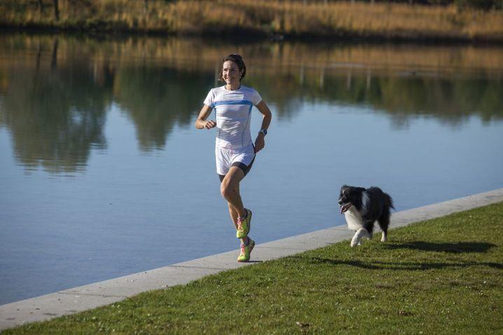 Laufpartner: Sonja von Opel mit Hund