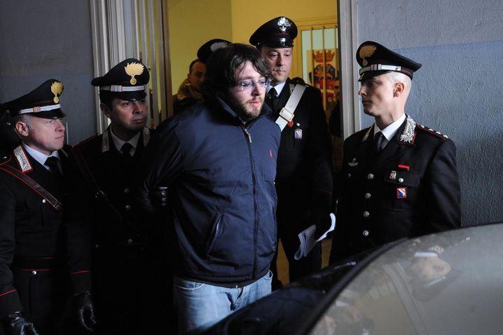 Horizontale Struktur: Camorra-Boss Carmine Schiavone bei der Festnahme 2013