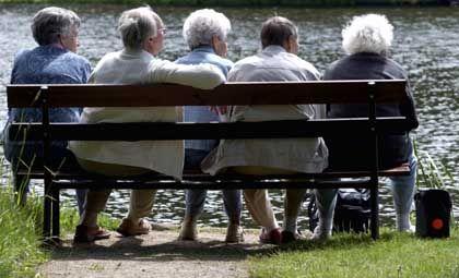 Überwiegender Konsens: Alte Menschen müssen später in den Ruhestand