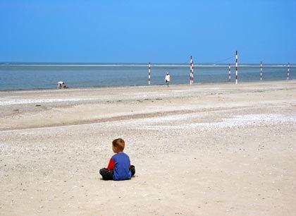Einfach nur aufs Meer gucken: Besucher der Insel Baltrum sind immer wieder von der Größe des Strandes beeindruckt