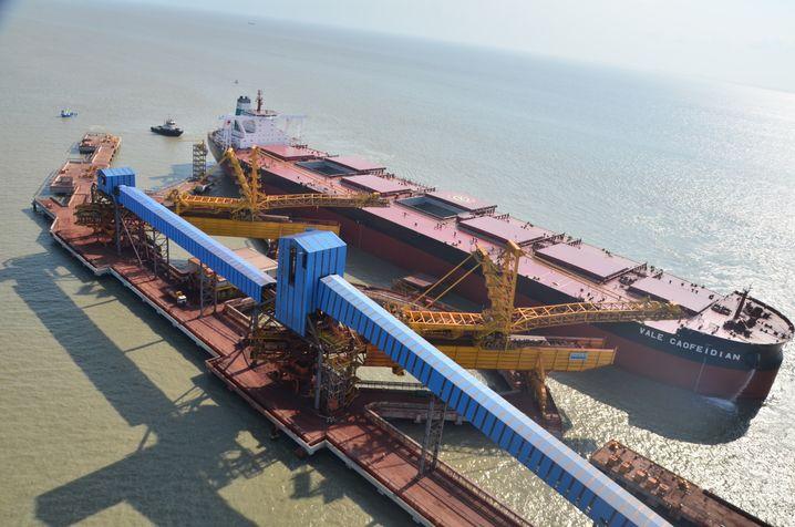 Sinnbild für Größenwahn: Die 400.000-Tonnen-Frachter der Valemax-Klasse senken die Transportkosten, erfordern aber größere Absatzmengen an Eisenerz