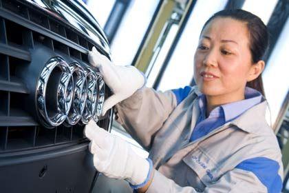 Polieren für das Absatzmärchen: Audi ist derzeit der stärkste deutsche Premiumhersteller in China