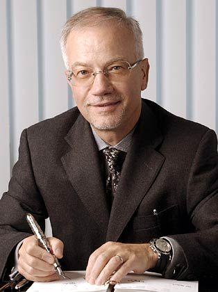 Im Glanz der Karate: Norbert A. Platt steuert von Genf aus 17 Luxusmarken