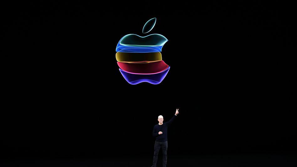 Apple CEO Tim Cook bei einer Produktpräsentation im vergangenen Jahr