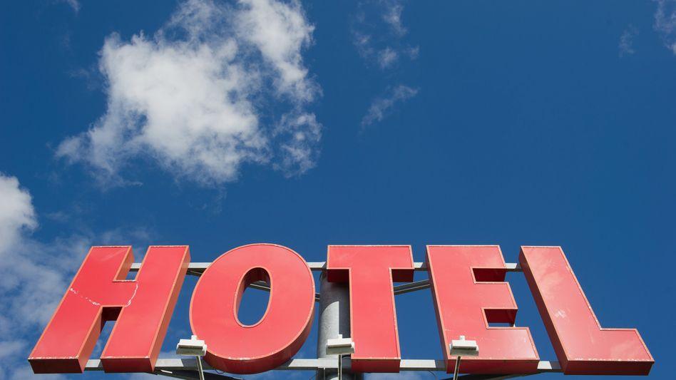 Wie lange noch? Hotels, Gaststätten und die meisten Geschäfte in Deutschland bleiben weiter geschlossen, der Frust über die fehlende Perspektive sitzt tief