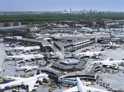 Flughafen Frankfurt: Alles eine Nummer größer