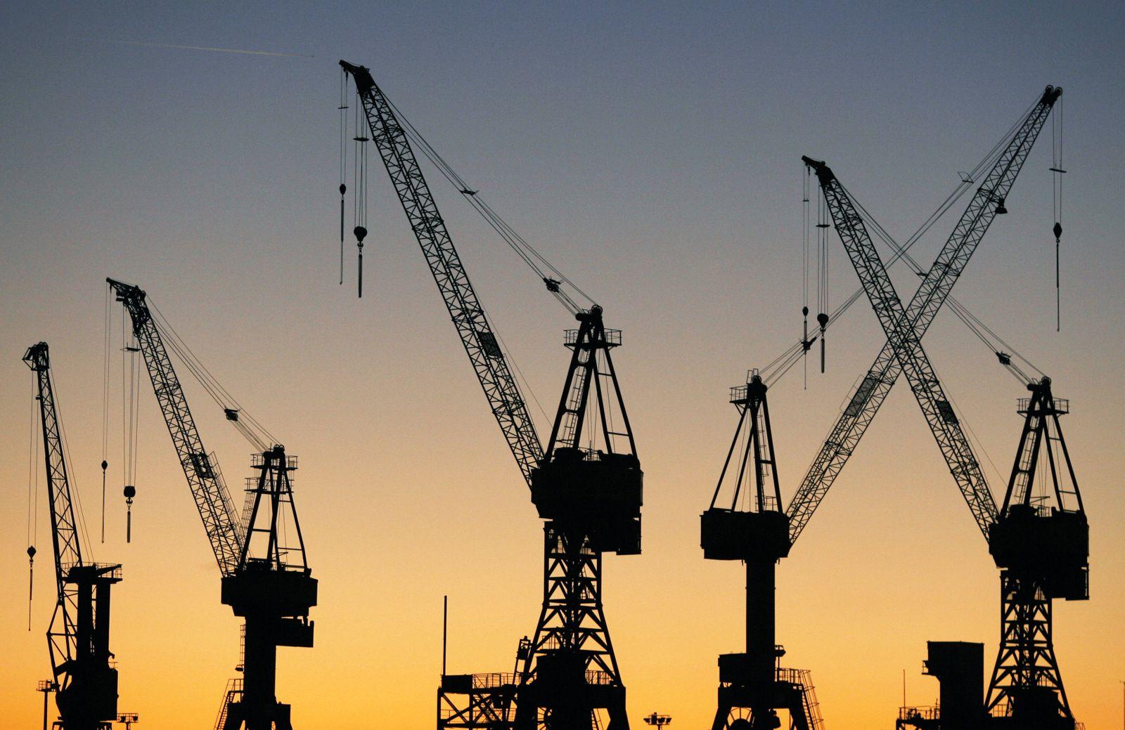 Symbolbild Konjunktur / Hafenkränne