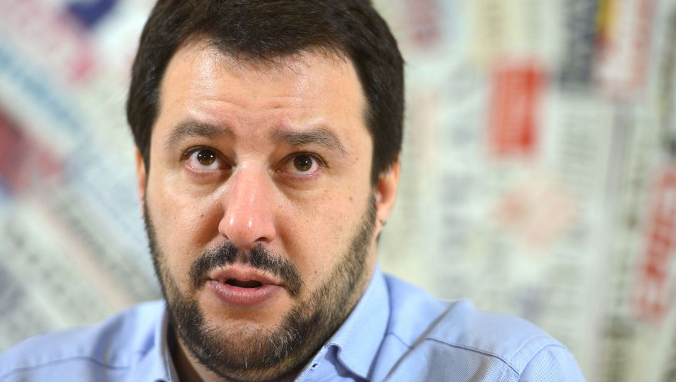 """Lega-Chef Salvini: Der Rechtsaußen will Draghi """"ohne Bedingungen"""" unterstützen"""