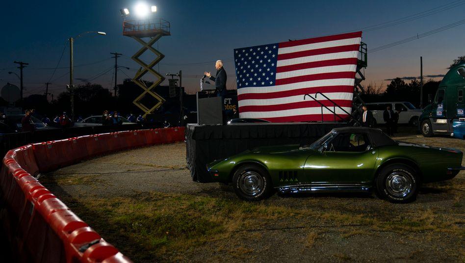 Joe Biden Mitte Oktober bei einer Wahlkampfveranstaltung in Michigan State Fairgrounds in Novi