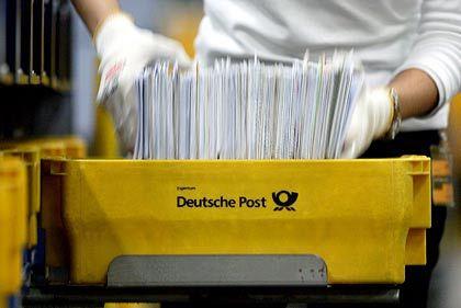 """""""Völliger Käse"""": Die Deutsche Post dementiert Pläne, denen zufolge sie angeblich 900 eigene Filialen schließen wolle."""