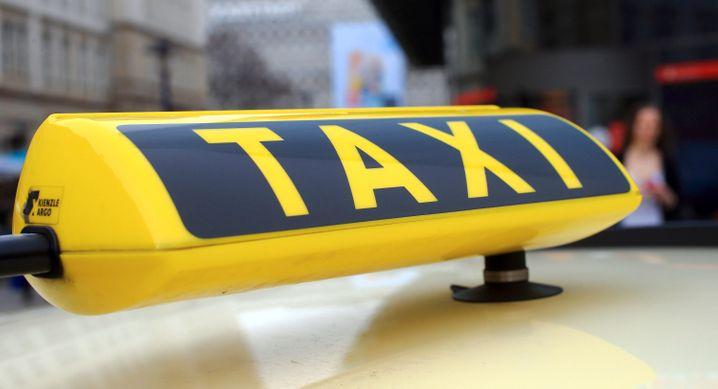 Taxis in Großstädten kämpfen wegen der Corona-Krise mittlerweile ums Überleben