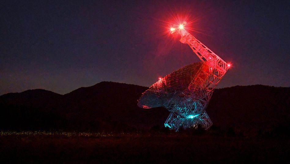 """""""Hallo, ist da jemand?"""": Green-Bank-Teleskop in Virginia, mit dem auch nach extraterrestrischer Intelligenz gesucht wird"""