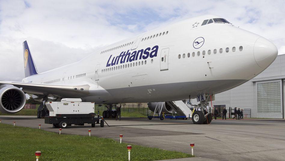 Neue 747-8 von Boeing: Das erste Exemplar der Lufthansa in Frankfurt