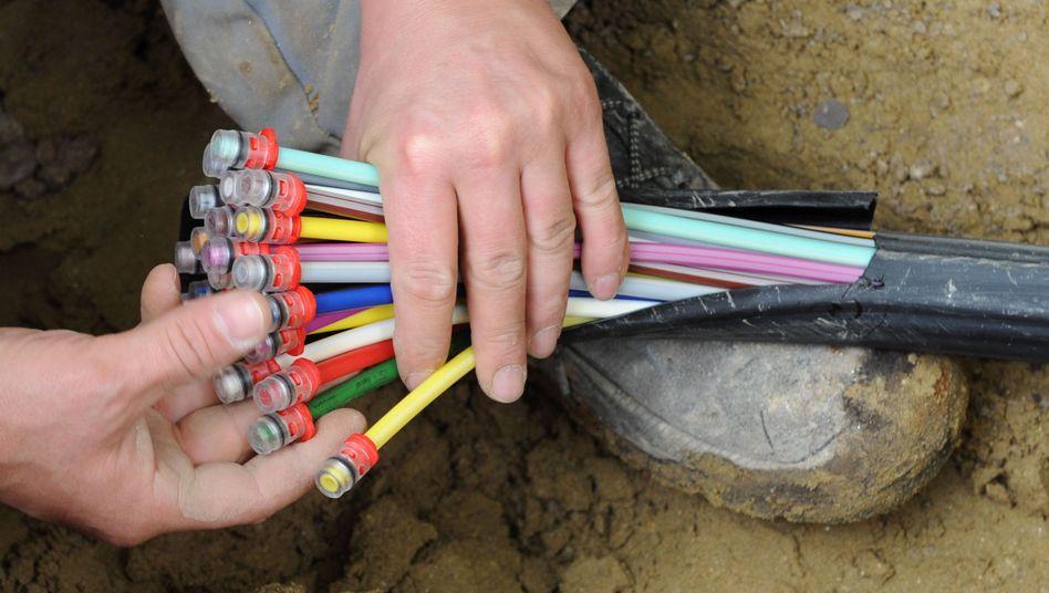 Glasfaser-Kabel: Im Streit über überhöhte Entgelte für die Nutzung von Kabeln verliert Kabel Deutschland erneut gegen die Deutsche Telekom vor Gericht