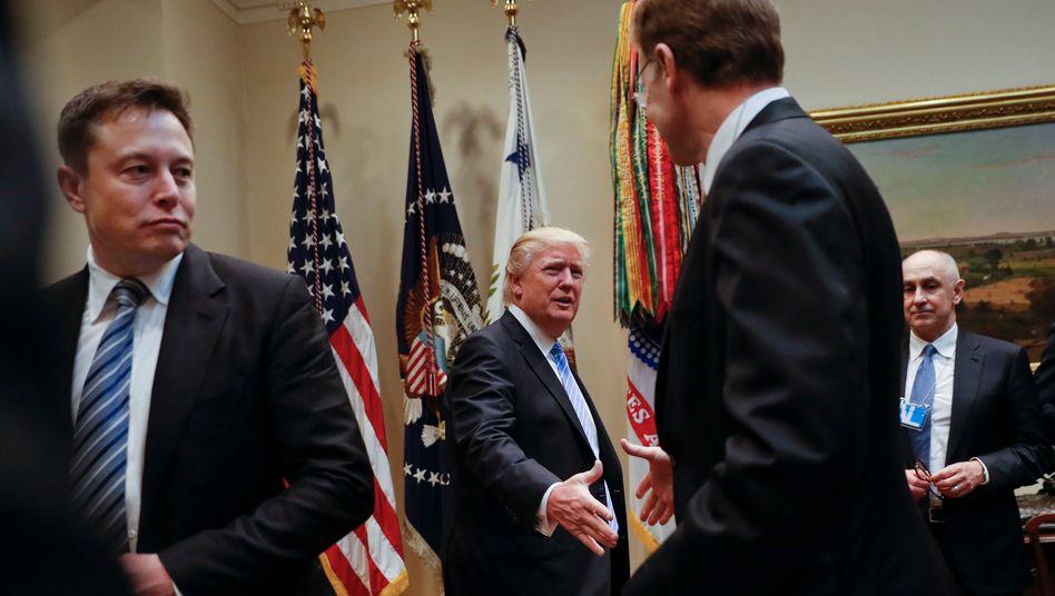 Musk, Trump: Jobs, Jobs, Jobs - und ein paar Subventionen und Steuervorteile wären auch nicht schlecht