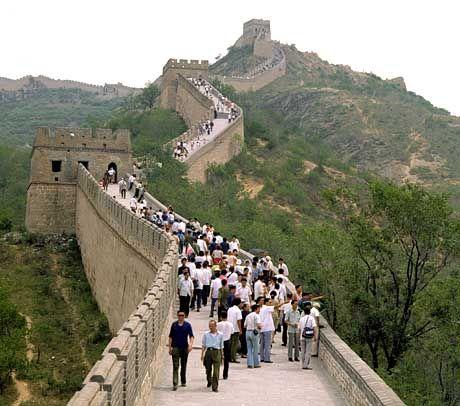Chinesische Mauer: Immer mehr Finanzkonzerne erwägen, sich an chinesischen Banken zu beteiligen - obwohl der Staat mitregiert