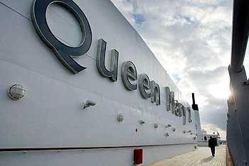 """Zuhause: Die """"Queen Mary 2"""" in ihrem Heimathafen Southampton in Südengland"""