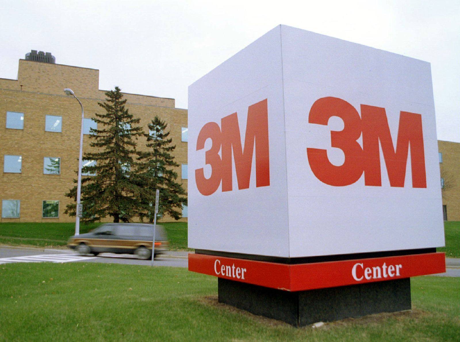 3M / Logo Würfel