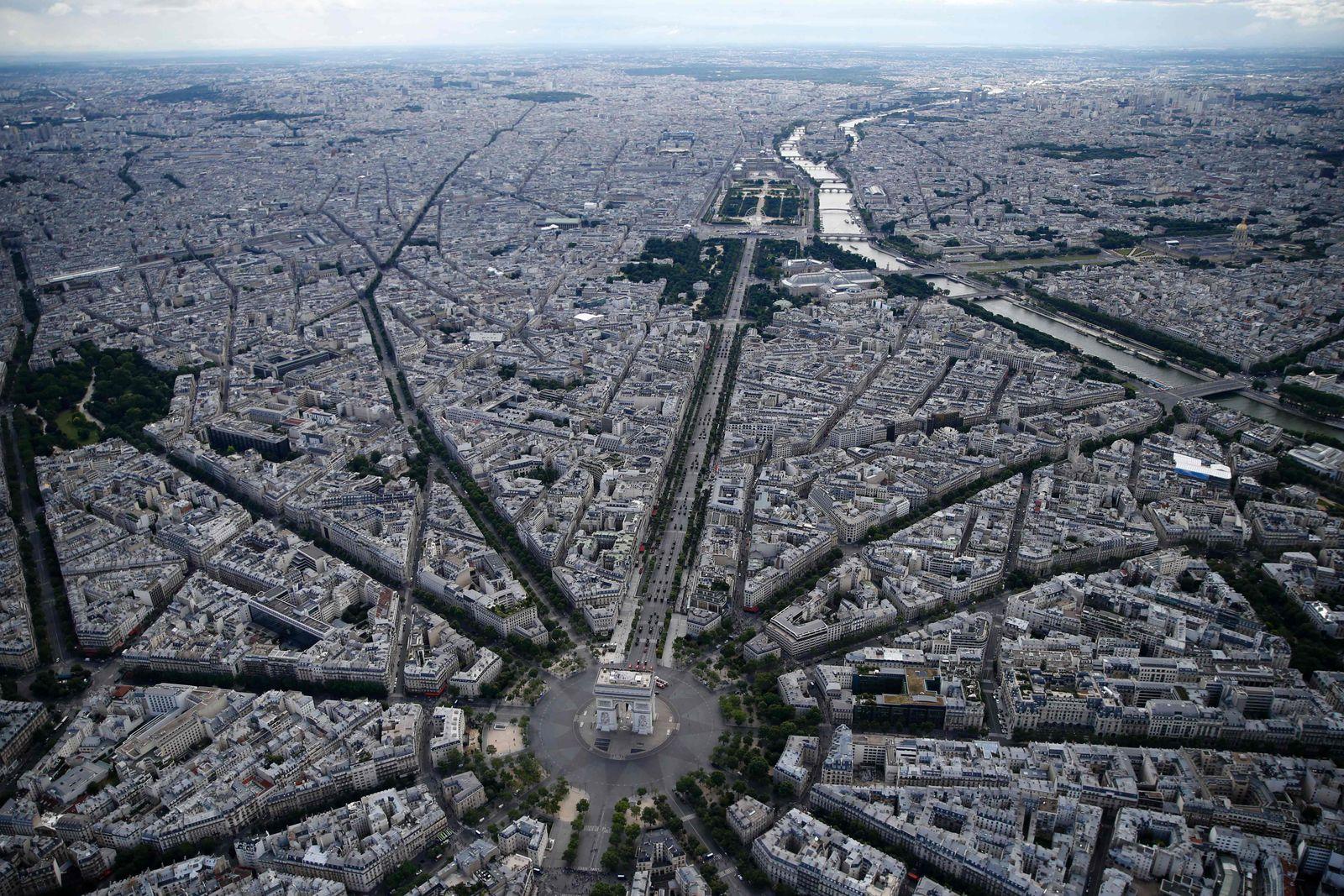 Paris / Luftbild/ Panorama / Verkehr