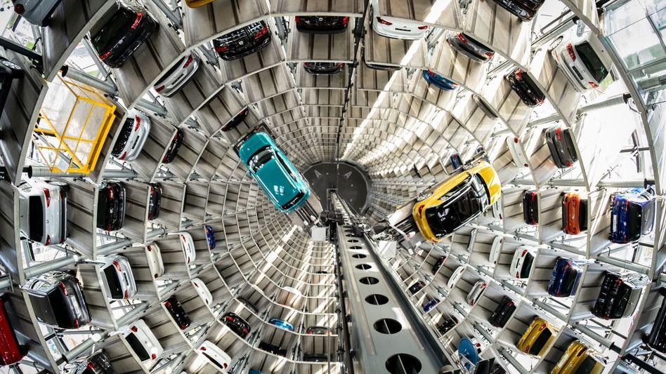 Blick nach unten: Die Marke VW blieb klarer Marktführer, verkaufte aber 21 Prozent weniger Autos