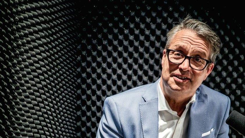 """Frühaufsteher: Gabor Steingarts """"Morning Briefing"""" gibt es seit 2018 auch als Podcast."""