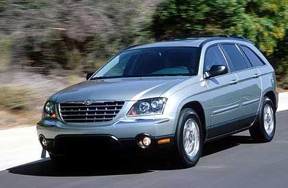 Chrysler Pacifica: Der Sports-Tourer kommt im Frühjahr 2003 auf den Markt. Die US-Tochter hat ein schweres Jahr vor sich, sagen Experten.
