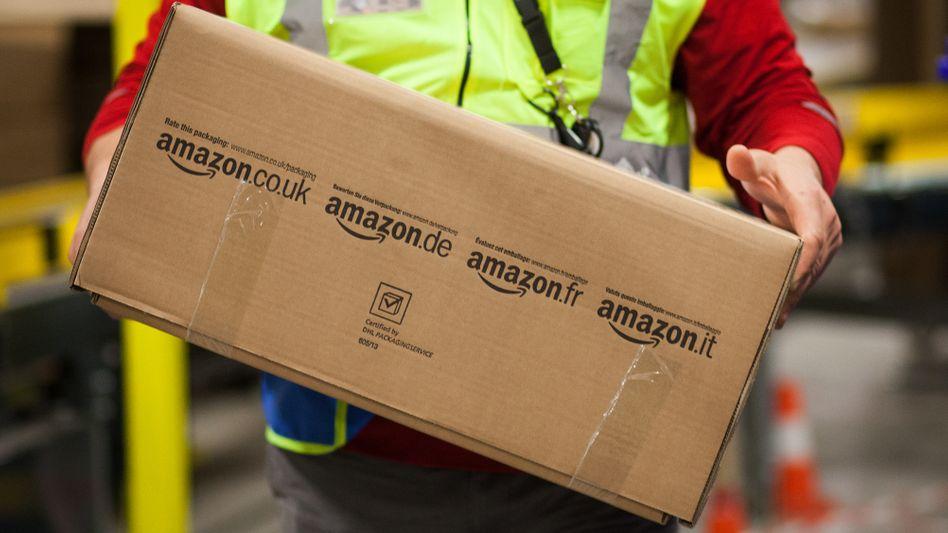 Paketboten in Deutschlands Innenstädten haben viel zu tun: Doch ein Großteil der bestellten Ware geht zurück an den Absender. Bei Bekleidung ist es gar jedes zweite Päckchen.