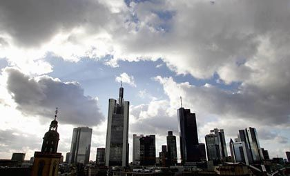 Banken in Frankfurt: Moody's gibt noch keine Entwarnung