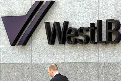 Kopf gesenkt: Negative Schlagzeilen für die WestLB