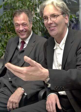 Parteifreunde: Ronald Schill, Ulrich Marseille (rechts)