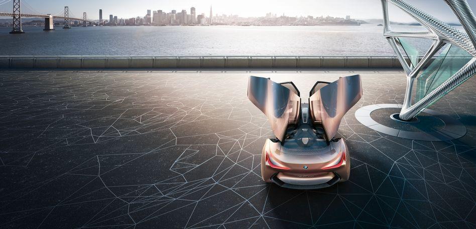 Auf die nächsten 100: BMW-Studie Next 100 zum runden Geburtstag der Marke 2016