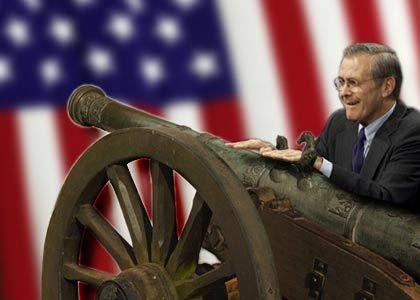 Auftritt der Bush-Krieger: US Verteidigungsminister Donald Rumsfeld sieht derzeit wenig Chancen für eine friedliche Lösung im Irak