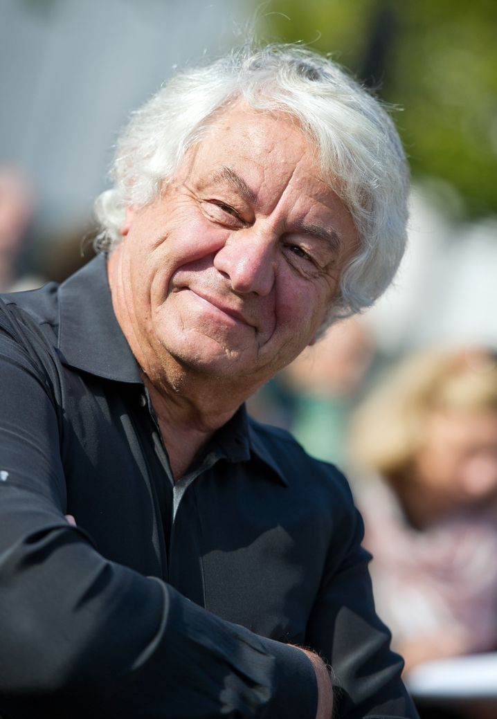 SAP-Mitbegründer und Kunst-Sammler, charismatischer Unternehmer, ehrgeiziger Segelsportler, Wissenschaftler, Denkmalschützer, Künstler und natürlich Aufsichtsratsvorsitzender: Hasso Plattner ist mit seinen 71 Jahren alles, nur nicht Rentner