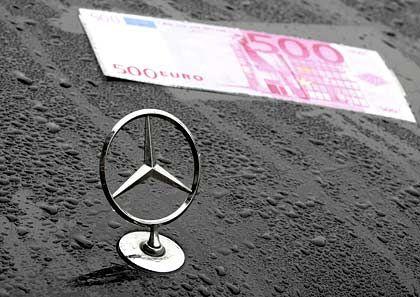 Jeder Schein zählt: Daimler und BMW wollen angeblich mit einer weiteren Kooperation viel Geld sparen