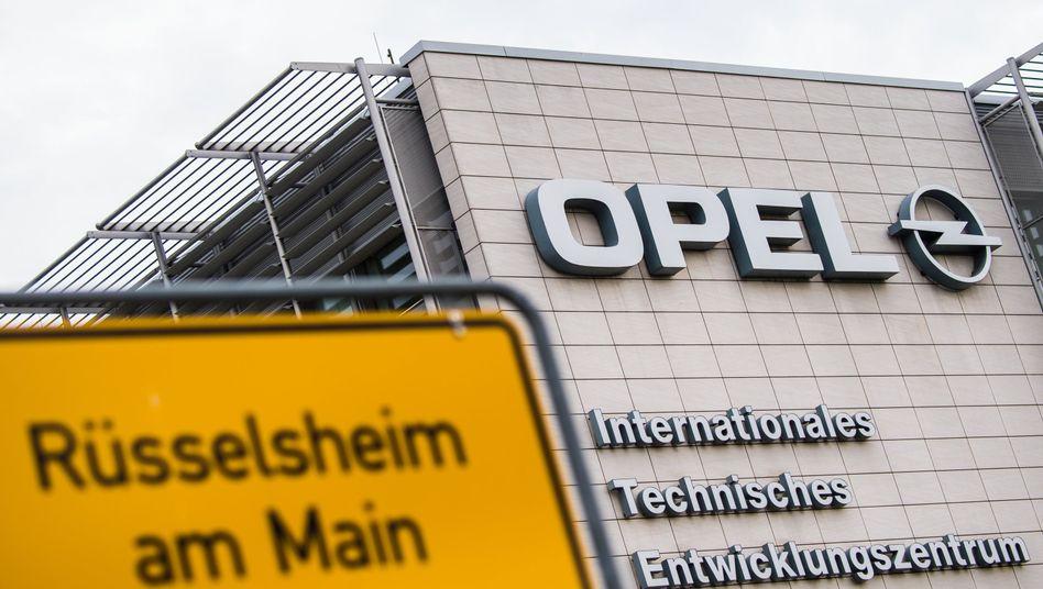 Opel-Entwicklungszentrum Rüsselsheim: Arbeitsplatz von Tausenden Ingenieuren und insgesamt 7000 Beschäftigten