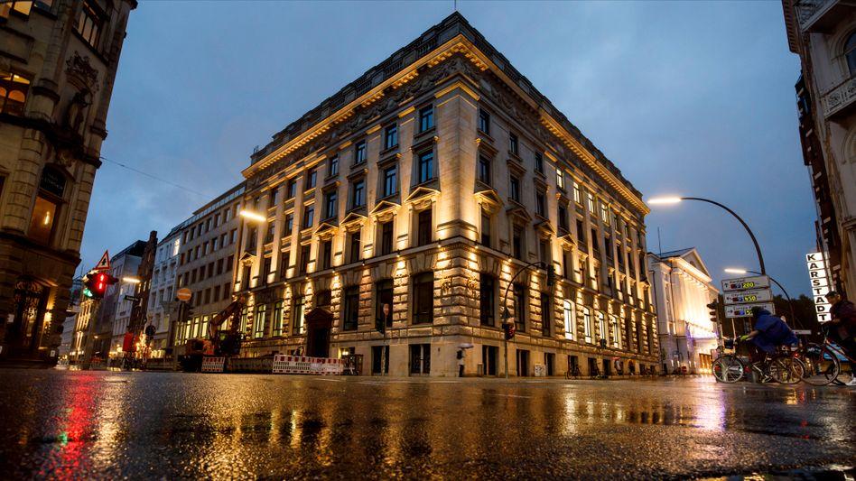 Lange Geschichte: Die Bank, die 1798 gegründet wurde und nahe der Binnenalster residiert, war lange eine Institution