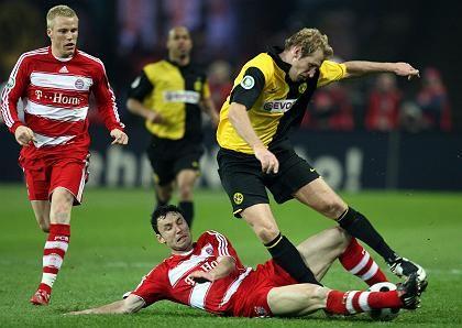 Hoffnungsträger: Künftig wird Premiere alle DFB-Pokal-Spiele übertragen, im Bild: Szene aus dem Finale 2008