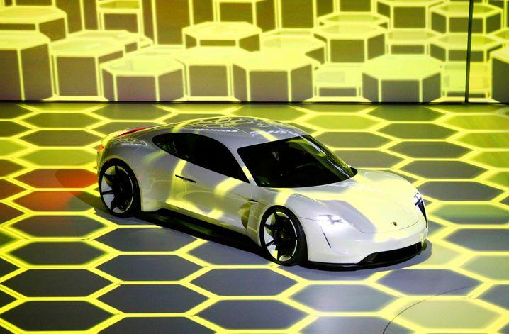 Konzeptauto: Der neue Porsche Mission E