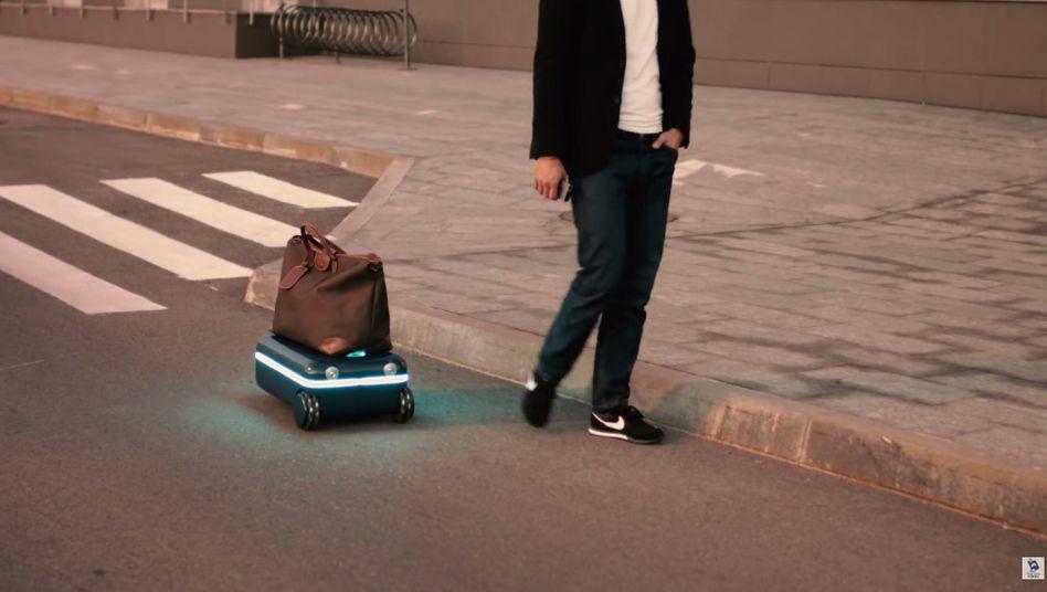 Immer schön bei Fuß: Autonomer Koffer von Travelmate Robotics