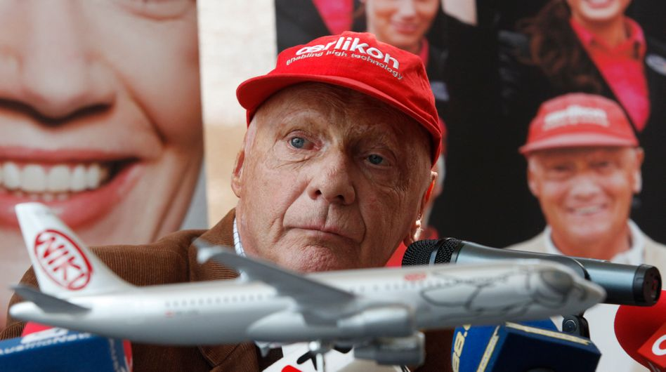 Die Air-Berlin-Tochter Niki war sein Baby: Nach Gerüchten, die EU werde Lufthansa den Kauf der Airline Niki untersagen, hat der Luftfahrtunternehmer und ehemalige Rennfahrer sein Angebot für Niki erneuert