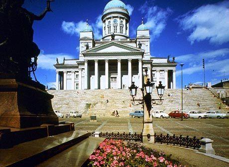 Lädt ein zum Rasen: Innenstadt von Helsinki
