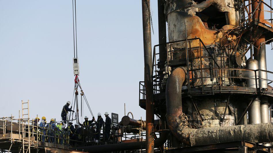 Saudi Aramco: Vom Drohnenangriff beschädigte Anlage zur Ölverarbeitung in Abqaiq