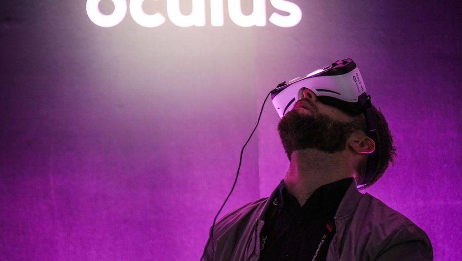 Oculus-Brille bei einer Präsentation in San Francisco