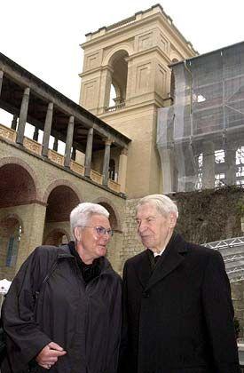 Erfolgreich: Werner Otto und die Schirmherrin des Projektes, die frühere Brandenburger Finanzministerin Wilma Simon,