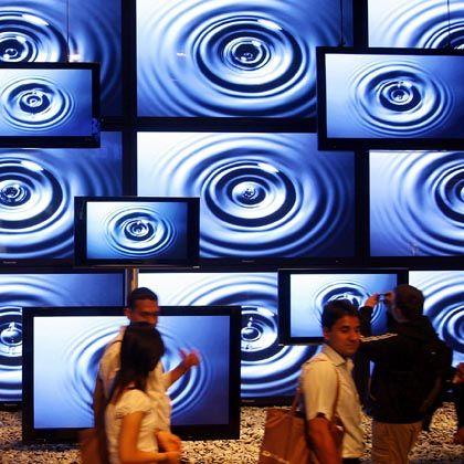In die Röhre schauen: Wer in seinem schönen neuen Fernseher hochauflösende Bilder sehen möchte, kauft sich am besten ein paar Konsolenspiele dafür
