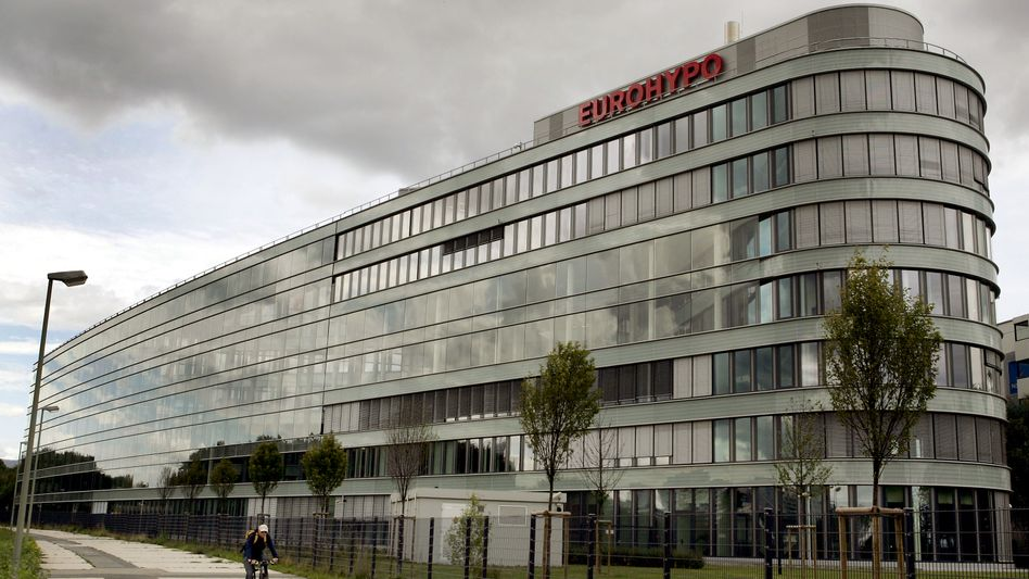 Eurohypo: Zahlen, so rot wie das Logo