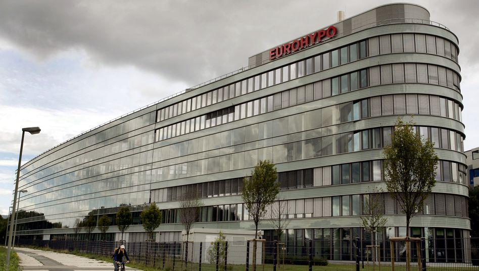 Zentrale der Eurohypo in Eschborn bei Frankfurt/Main: Die Commerzbank wird ihren Immobilienfinanzierer nicht so schnell los
