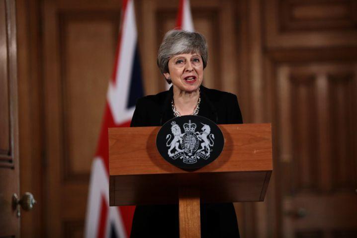 Die britische Premierministerin Theresa May will nun gemeinsam mit Oppositionschef Jeremy Corbyn einen Ausweg aus der Brexit-Sackgasse suchen