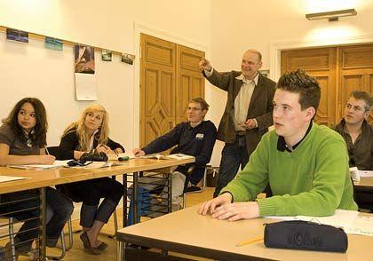 Kleine Klassen: Unterricht in Schloss Rohlstorf in Schleswig-Holstein
