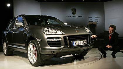 Mit hoher Marge: Porsches Entwicklungschef Wolfgang Durheimer und der Cayenne